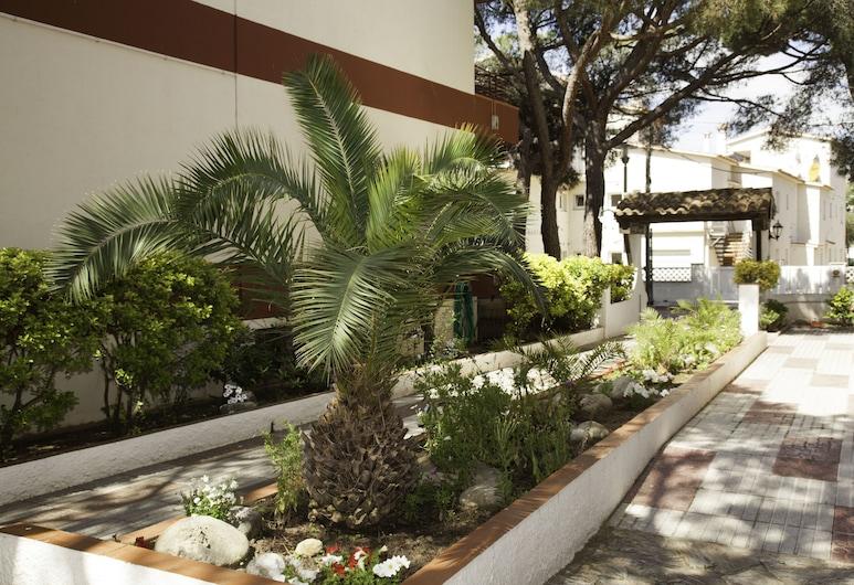 Goetten Apartamentos, Castell-Platja d'Aro, Jardín