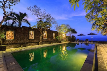 Hình ảnh Alam Candi Dive Resort tại Karangasem