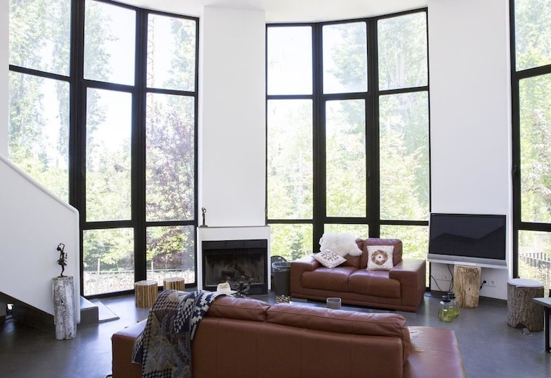 Faraya Loft, Faraya, Familienvilla, 4Schlafzimmer, Hügelblick, Wohnzimmer