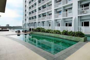 Picture of Breeze Residences Roxas Boulevard Manila in Pasay