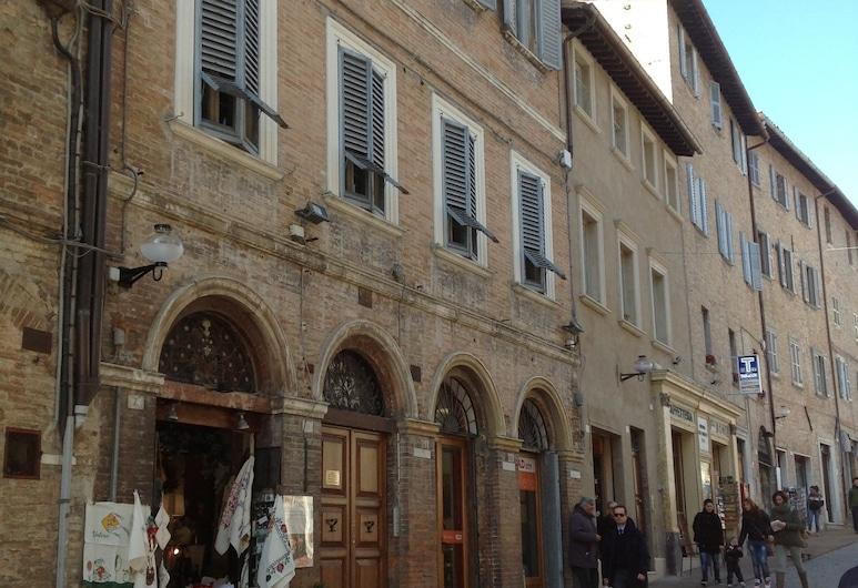 B&B San Francesco, אורבינו, חזית המלון