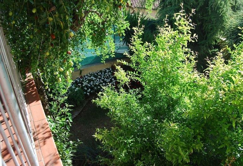 La Maison Jujube, Morrovalle, Kert