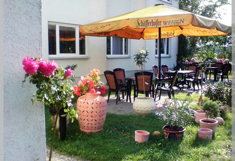 Landhotel Trampe, Breydin, Khu ẩm thực ngoài trời
