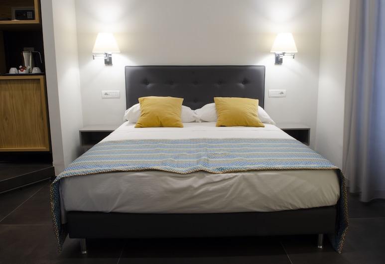 Napoli Svelata, Naples, Comfort Quadruple Room, Guest Room