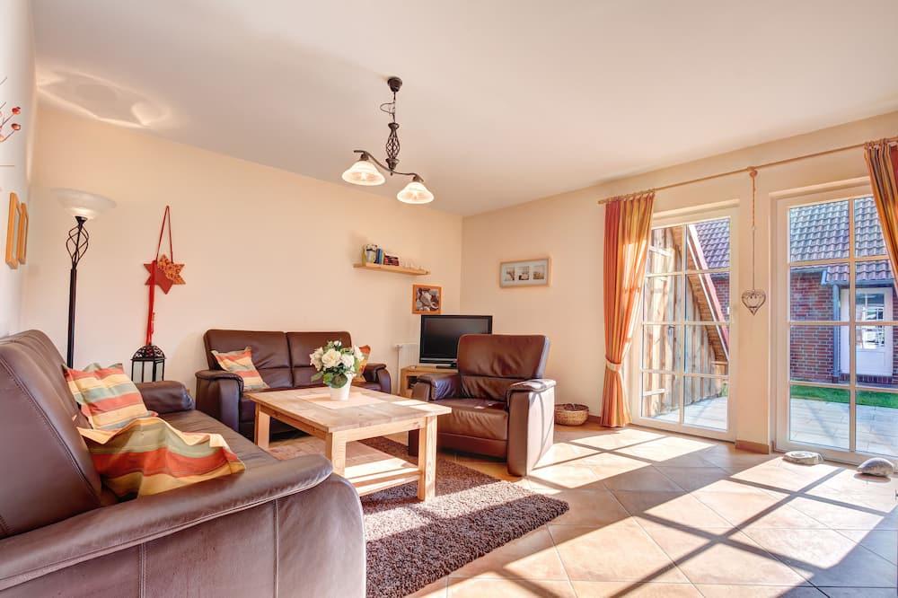 Townhome (Katamaran #1) - Living Room