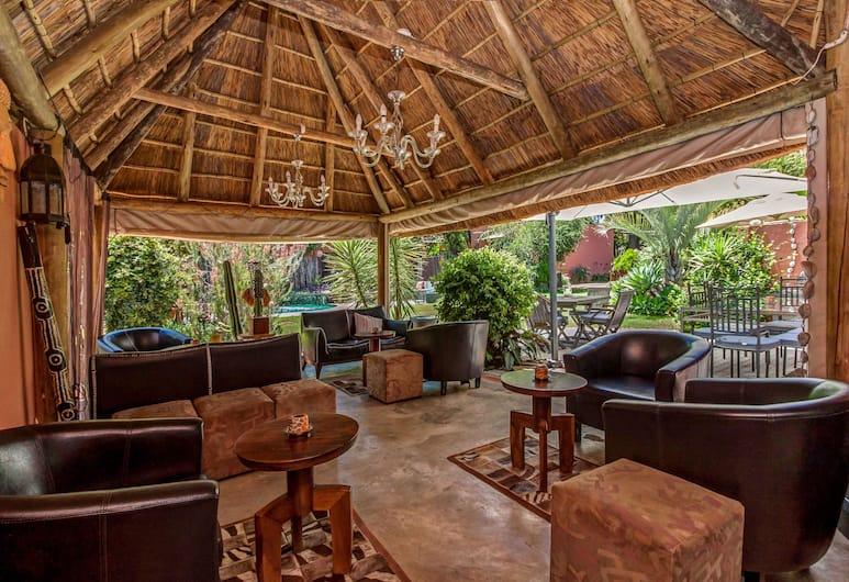 Sitatunga Guest Lodge & Transfers, Sandton, Terasa