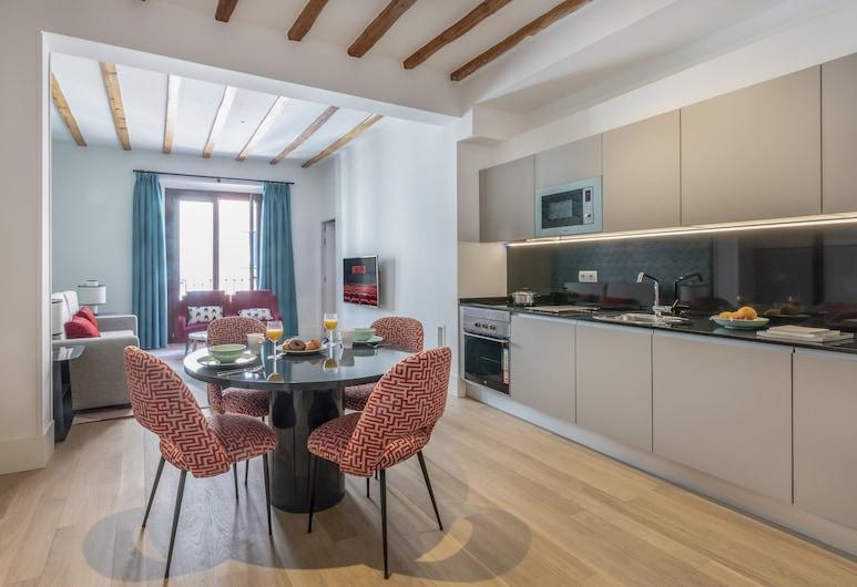 Slow Suites Chueca, Madrid, Căn hộ Superior, 2 phòng ngủ, Khu phòng khách