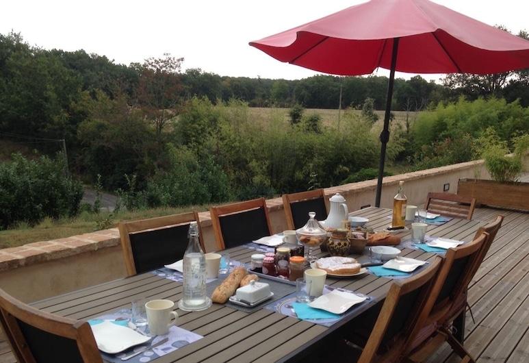 Chambres d'hotes LE MAS DE MARIE, Lavaur, Outdoor Dining