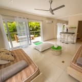 Вілла категорії «Економ», 1 спальня, ванна з гідромасажем, з частковим видом на море - Житлова площа
