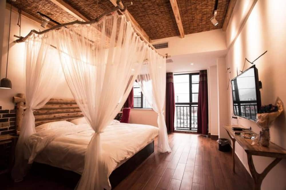 Romantic Double Room - Guest Room