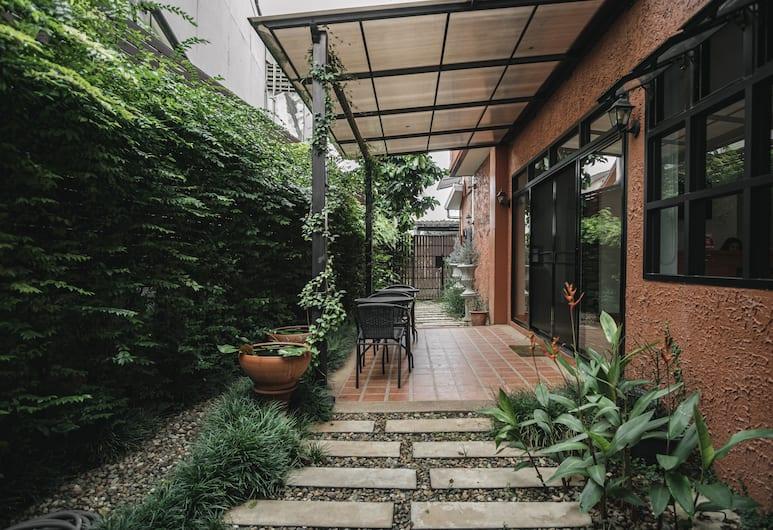 casaMpika, Chiang Mai, Jardin