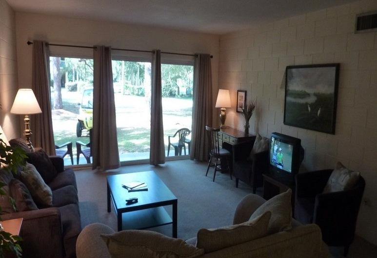 Atlantic Breeze #1 2 Bedroom Apts, Jekyll Island, Apartment, 2 Bedrooms, Living Area