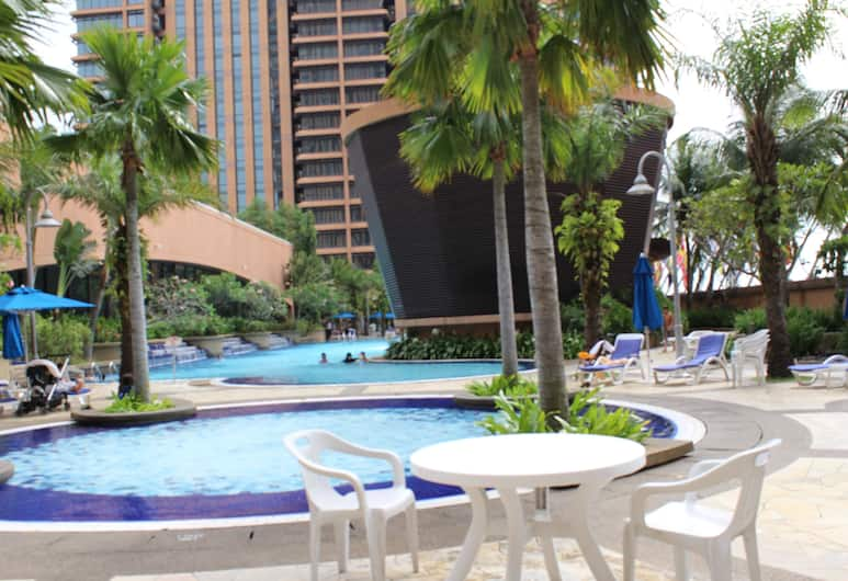 Millennium Apartment at Times Square, Kuala Lumpur, Outdoor Pool