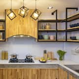 Deluxe Mixed Dormitory  - Shared kitchen