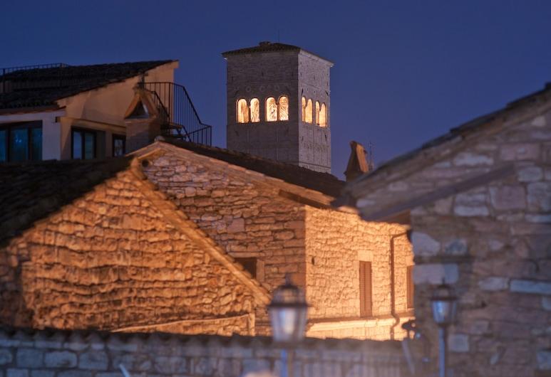 Hotel Il Duomo, Assisi, Exterior