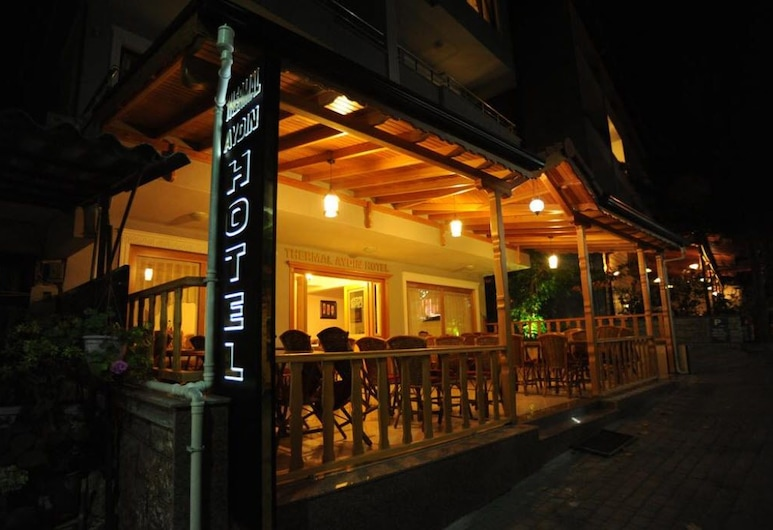 Thermal Aydin Hotel, Yalova, Fachada del hotel de noche