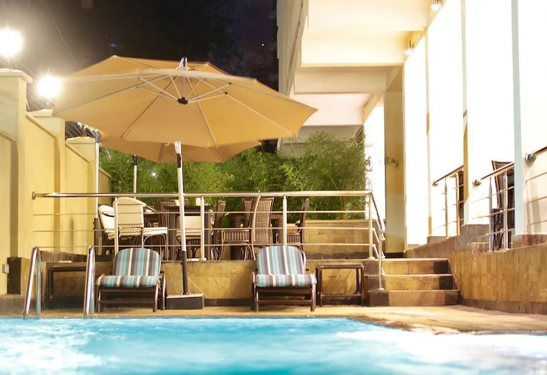 納波住宅 SPA 酒店, 奈洛比, 泳池