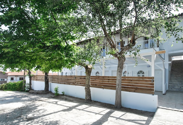 Imeres Studios & Apartments, Κασσάνδρα, Είσοδος καταλύματος