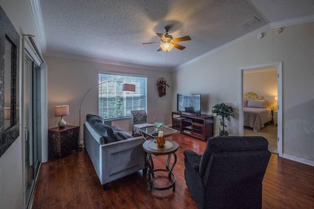 하우스, 침실 2개 - 거실