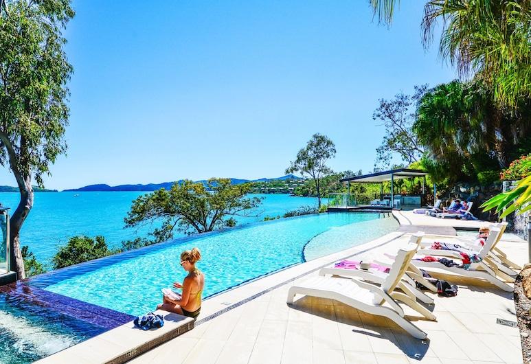 Villa 12 The Edge Oceanfront Deluxe 3 Bedroom Near Marina With Golf Buggy, Pulau Hamilton, Kolam Terbuka
