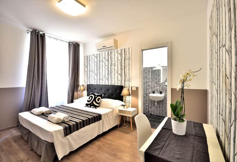 Romantica Rooms, Rím, Dvojlôžková izba typu Comfort, Hosťovská izba