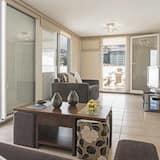 Comfort Διαμέρισμα, 2 Υπνοδωμάτια, Βεράντα, Θέα στο Βουνό - Καθιστικό