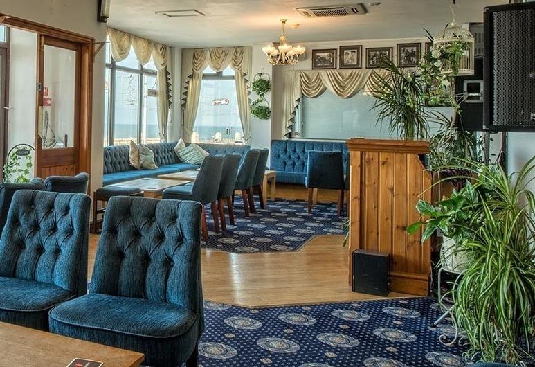 CANASTA HOTEL, Blackpool, Lobby-Lounge