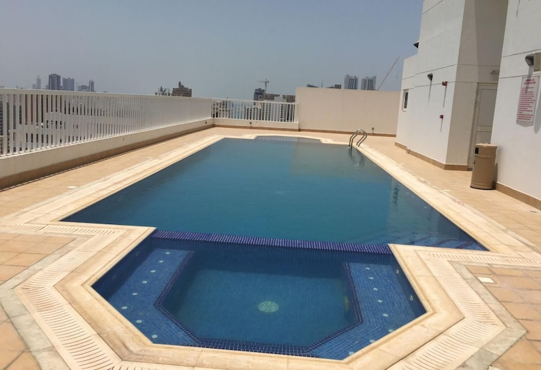 Ginger Luxury Apartments, Manama, Uima-allas