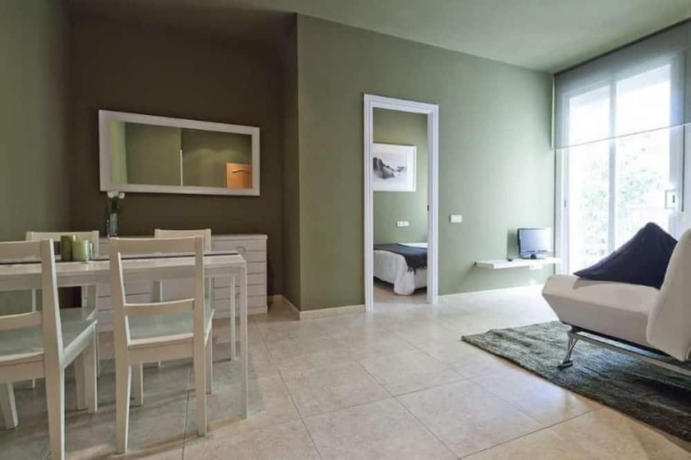 Apartmán, 2 ložnice - Obývací pokoj