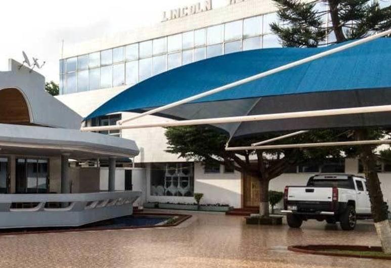 Lincoln Hotel, Accra