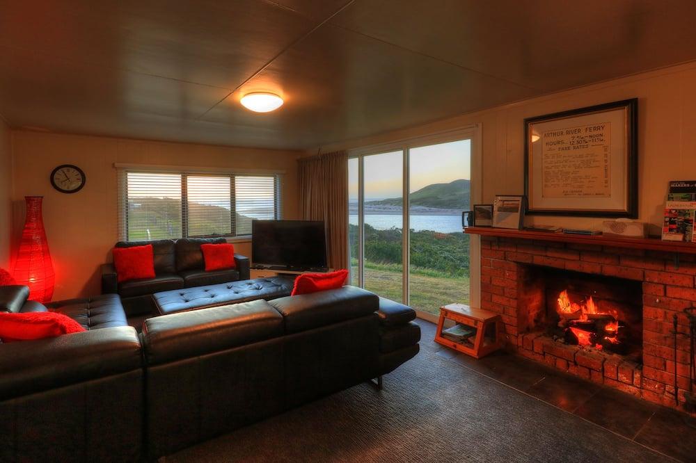 Коттедж базового типа, 3 спальни, вид на океан - Зона гостиной