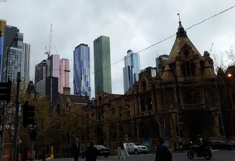 Readyset Townhouses on La Trobe, Melbourne, View from property
