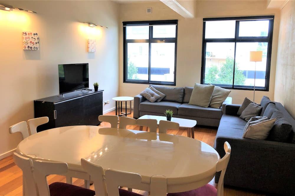 พรีเมียร์อพาร์ทเมนท์, 3 ห้องนอน - ห้องนั่งเล่น