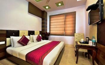 Foto Hotel Taksh Inn di New Delhi