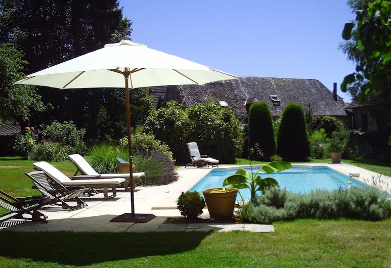 Domaine du Salabert, Saint-Martial de Gimel, Outdoor Pool