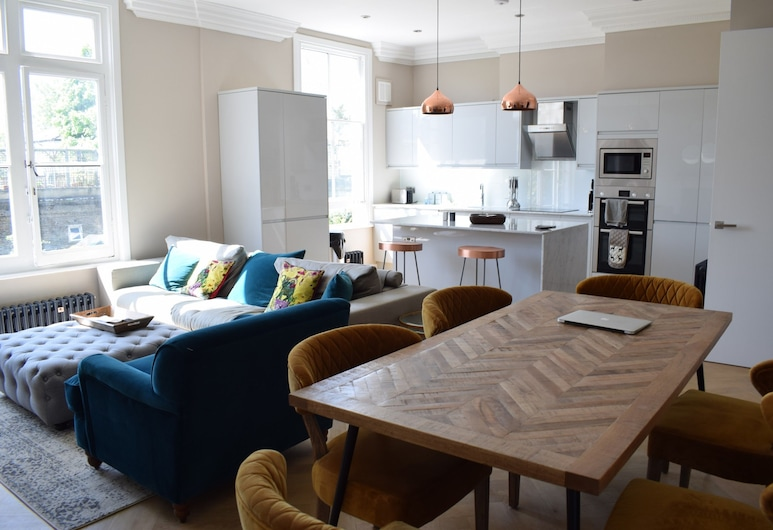 Modern 1 Bed Flat In South Hampstead, London, Room