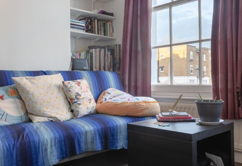 1 Bedroom Victorian Flat In Stoke Newington, לונדון, אזור מגורים
