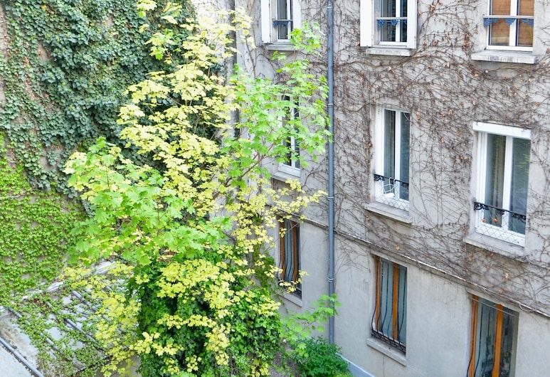 One Bedroom Flat in Montparnasse, Parigi, Parco della struttura