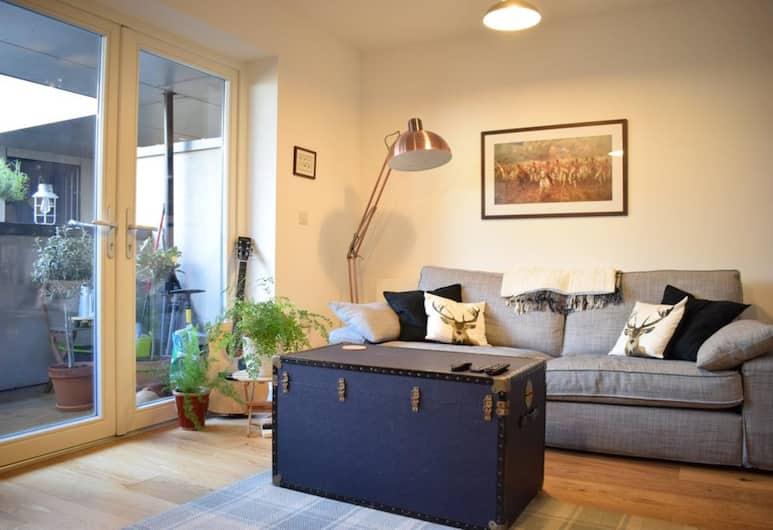 Modern 1 Bedroom Flat Near Riverside, London, Külaliskorter (1 Bedroom), Lõõgastumisala