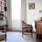 Holloway 3 Bedroom Apartment With Garden