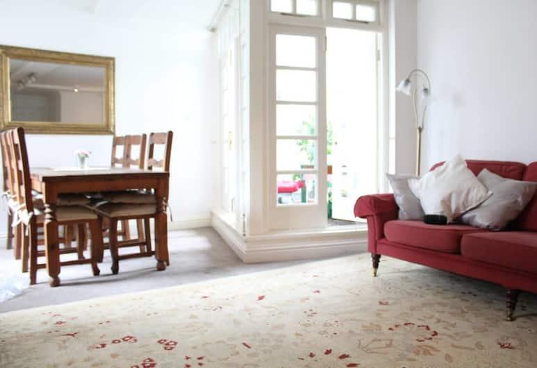 2 Bedroom With 2 Balconies in Dublin, Δουβλίνο