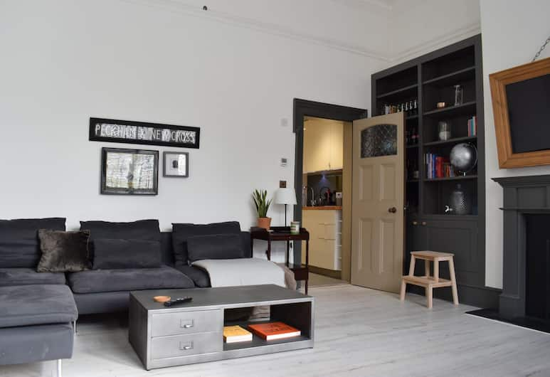 1 Bedroom Flat In New Cross, London