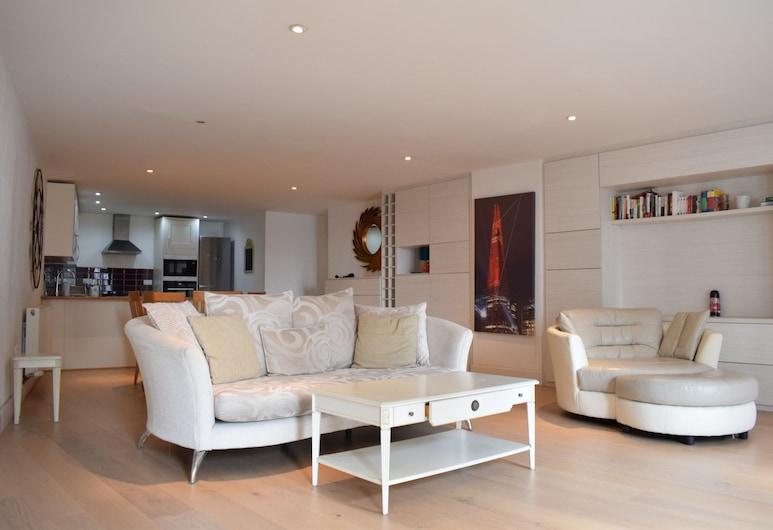 Spacious 3 Bedroom Apartment Near Tower Bridge, London, Apartment, 3 Bedrooms, Ruang Tamu