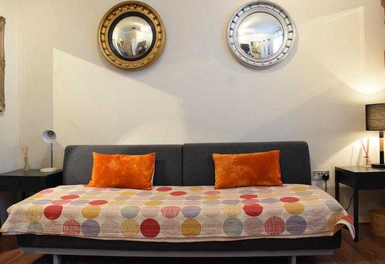 1 Bed Studio Near Notting Hill, London, Stúdió, Nappali rész