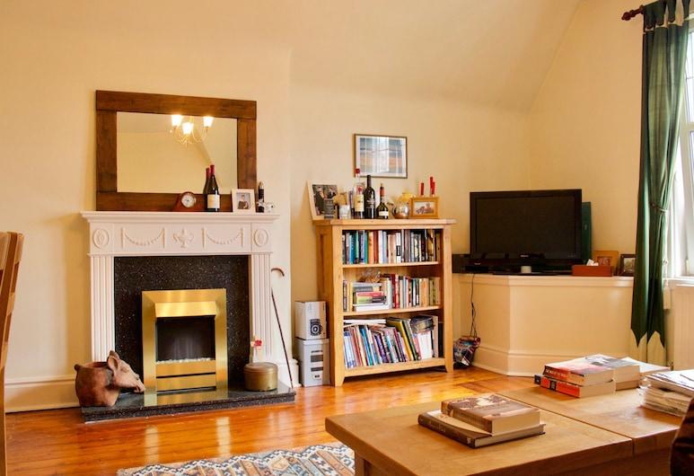 2 Bedroom Flat With Parking In Edinburgh, Edinburgh, apartman (2 Bedrooms), Nappali rész