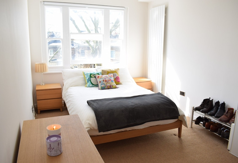 2 Bedroom Flat Near Notting Hill, London, Apartment (2 Bedrooms), Room