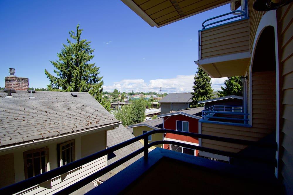 Deluxe House, 3 Bedrooms - Balcony