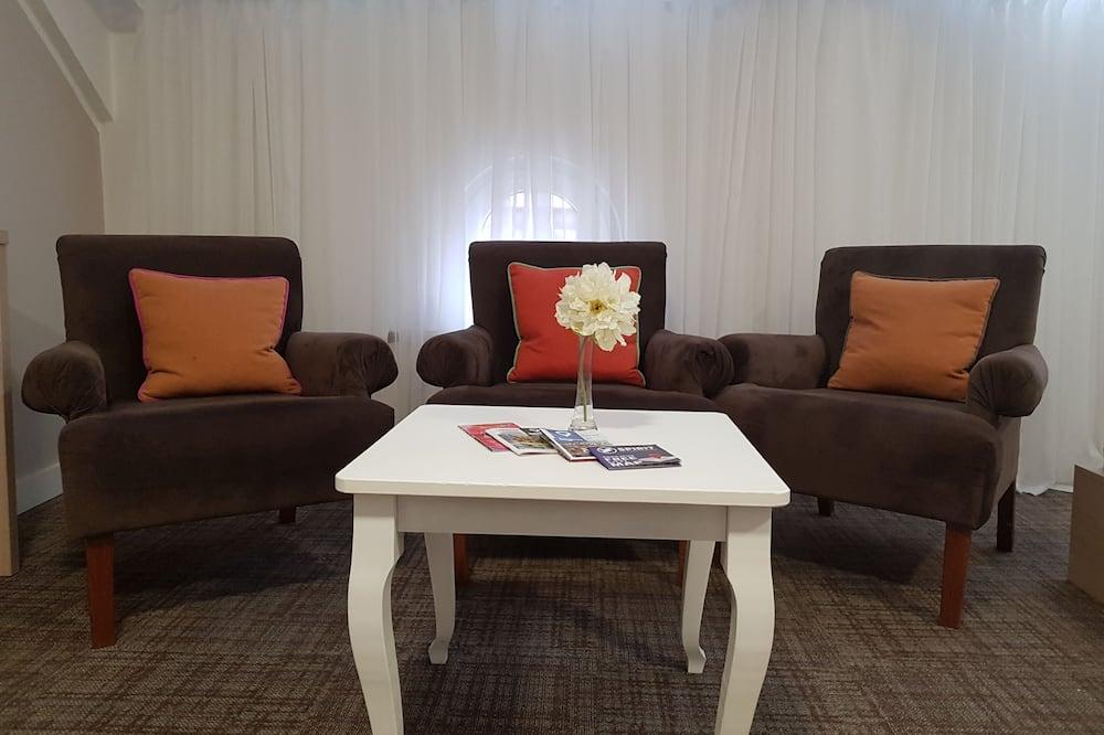 Comfort 2 Bedroom Apartment - Sala de estar