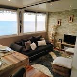 Romantic Apartment, 1 Bedroom, Kitchen, Sea View - Living Area