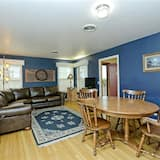 House, 3 Bedrooms, Kitchen - Living Area